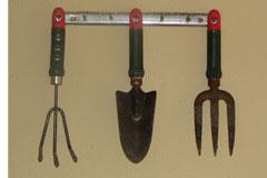 garden-tools-240