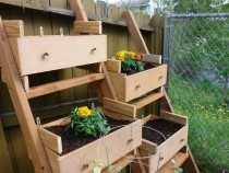 dresser-drawer-vegetable-garden-940x626