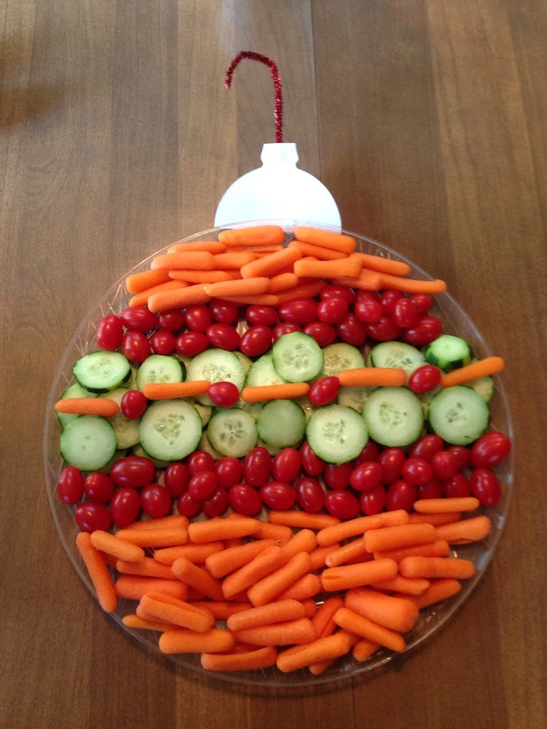 Christmas Veggie Tray.8 Healthy And Festive Holiday Fruit Veggie Trays Urban
